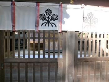 諏訪大社下社春宮6.JPG